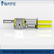 Plastic extrusion hydraulic screen changer